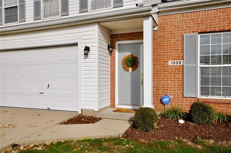 1550 PERRY COMMONS Boulevard Indianapolis, IN 46217 | MLS 21682170 | photo 3