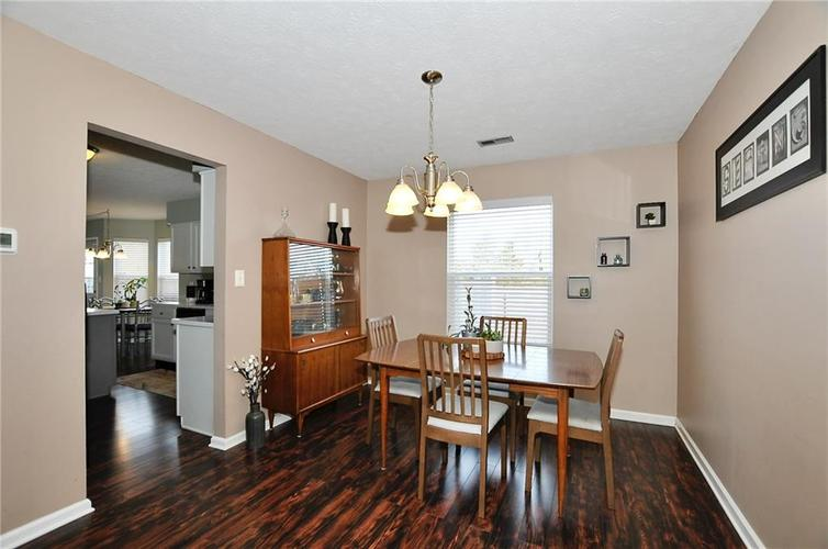 1550 PERRY COMMONS Boulevard Indianapolis, IN 46217 | MLS 21682170 | photo 7