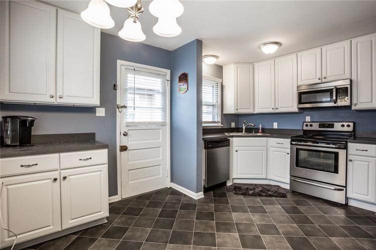 6107 Crittenden Avenue Indianapolis, IN 46220 | MLS 21682184 | photo 8