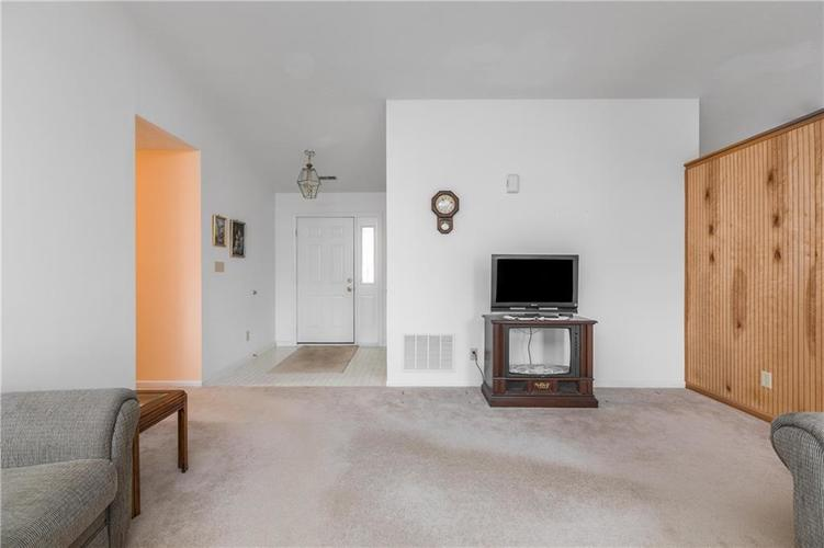 158 Trails End Brownsburg, IN 46112   MLS 21682201   photo 5