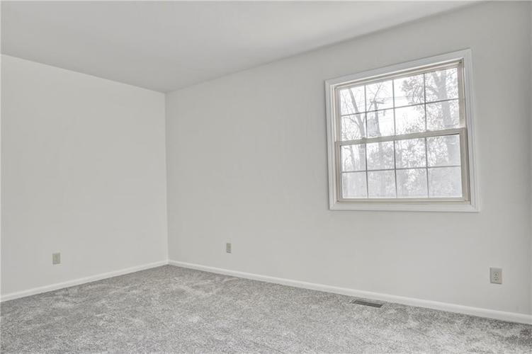 5432 Pappas Drive Indianapolis, IN 46237 | MLS 21682206 | photo 16