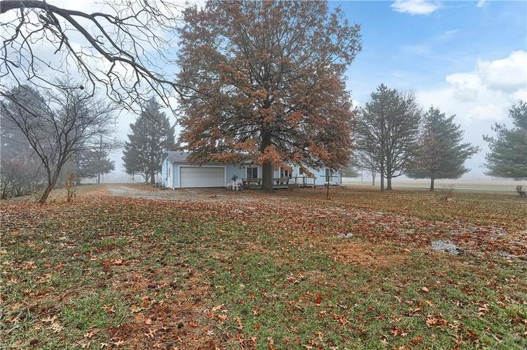 9255 Whitestown Road Zionsville, IN 46077 | MLS 21682231 | photo 30
