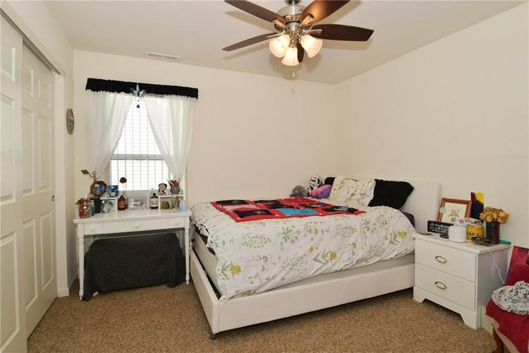 1593 Windborne Lane Greenwood, IN 46143 | MLS 21682270 | photo 11