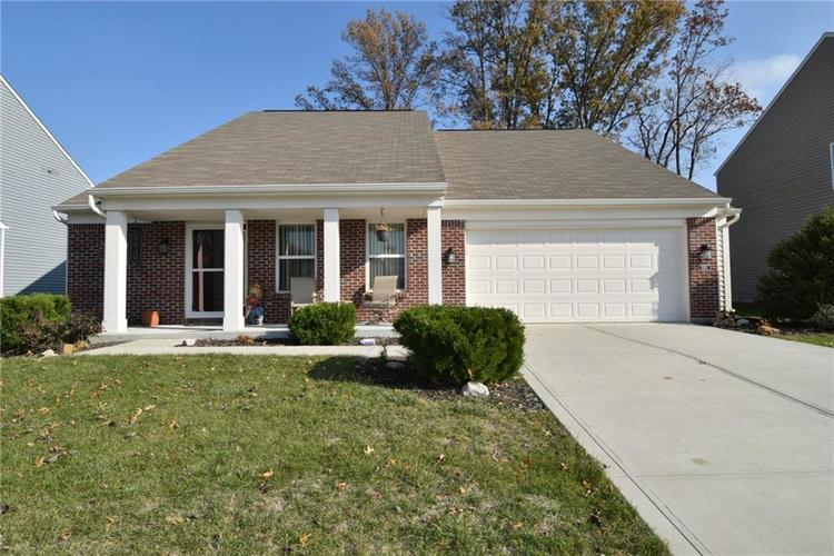 1593 Windborne Lane Greenwood, IN 46143 | MLS 21682270 | photo 2