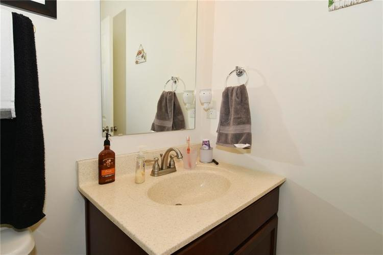 1593 Windborne Lane Greenwood, IN 46143 | MLS 21682270 | photo 7