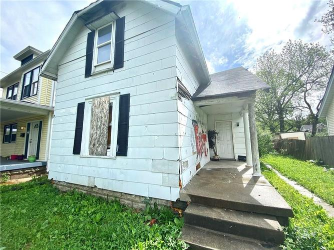 1361 N Dearborn Street Indianapolis IN 46201 | MLS 21682278 | photo 1