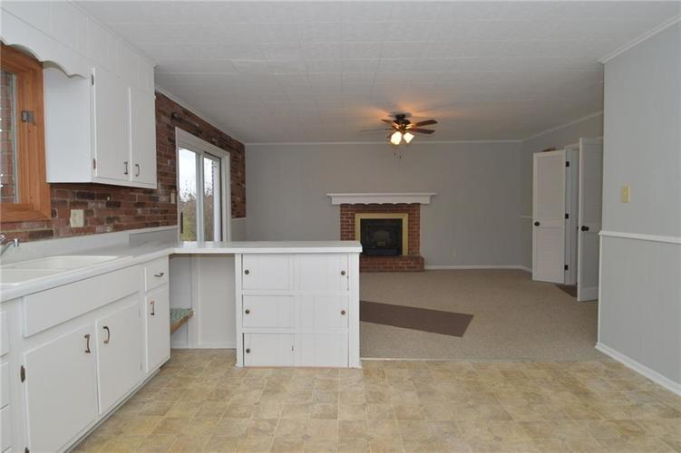 3913 Horner Drive Indianapolis, IN 46239 | MLS 21682283 | photo 11