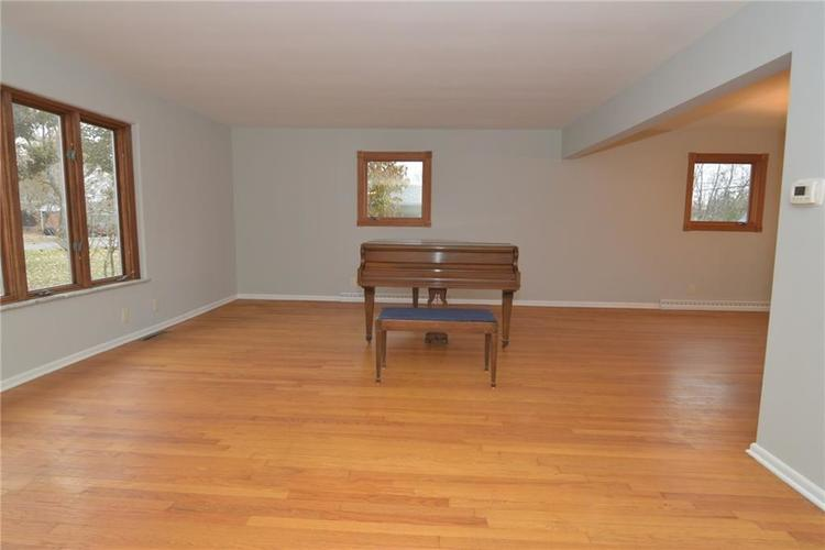 3913 Horner Drive Indianapolis, IN 46239 | MLS 21682283 | photo 7