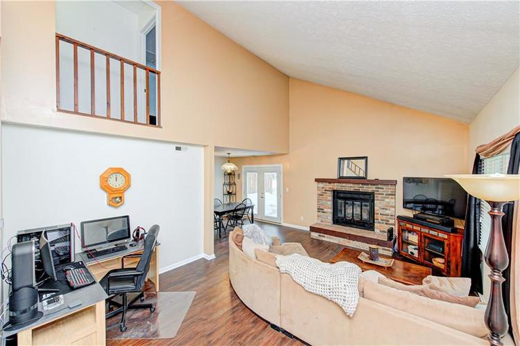 7533 CASTLETON FARMS W Drive #119 Indianapolis, IN 46256   MLS 21682292   photo 3