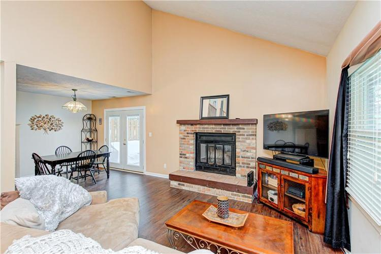 7533 CASTLETON FARMS W Drive #119 Indianapolis, IN 46256   MLS 21682292   photo 4
