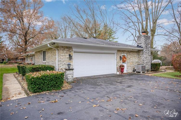 100 CAREFREE Court Greenwood, IN 46142 | MLS 21683384 | photo 5