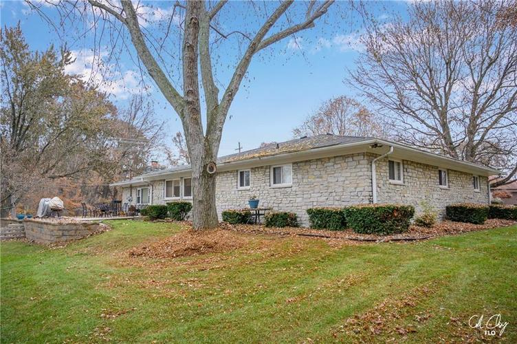 100 CAREFREE Court Greenwood, IN 46142 | MLS 21683384 | photo 8