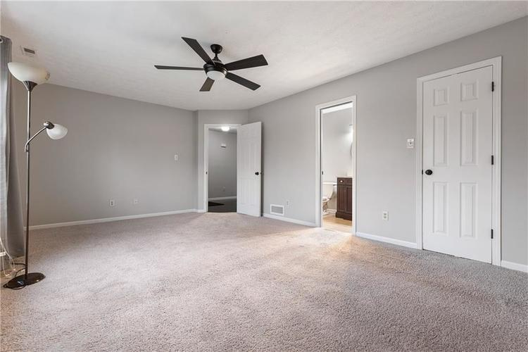 8251 Southern Springs Boulevard Indianapolis, IN 46237 | MLS 21683397 | photo 13