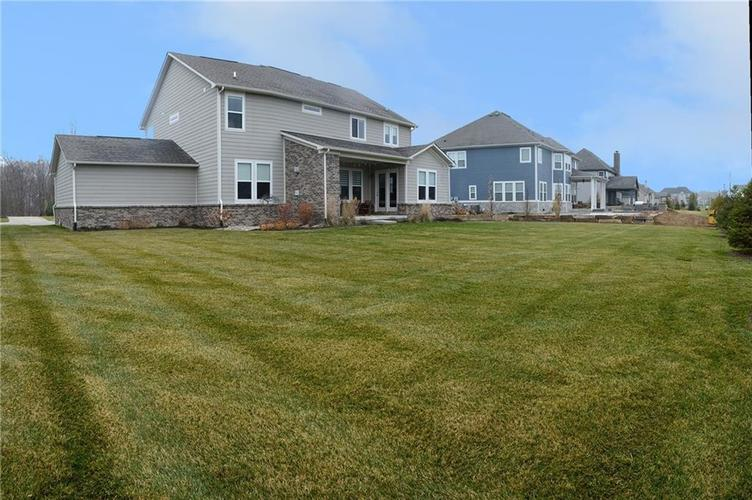 16311 Hunting Meadow Drive Fortville, IN 46040   MLS 21683419   photo 16
