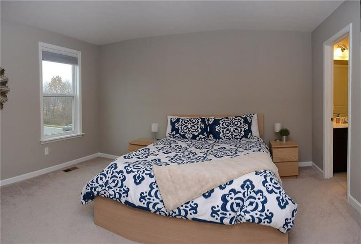 16311 Hunting Meadow Drive Fortville, IN 46040   MLS 21683419   photo 29