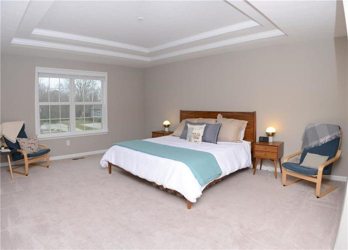 16311 Hunting Meadow Drive Fortville, IN 46040   MLS 21683419   photo 4