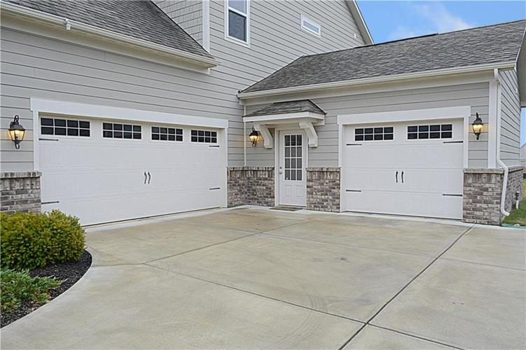 16311 Hunting Meadow Drive Fortville, IN 46040   MLS 21683419   photo 43
