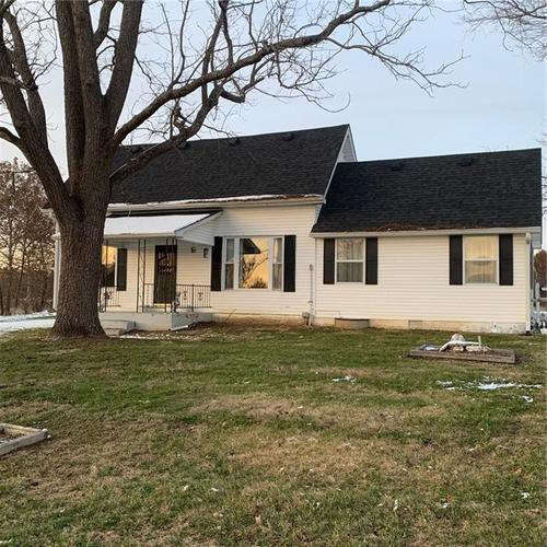 3379 E County Road 200 N North Vernon, IN 47265 | MLS 21683475 | photo 1