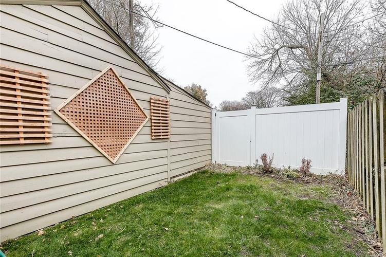 1227 E 56th Street Indianapolis, IN 46220   MLS 21683537   photo 8
