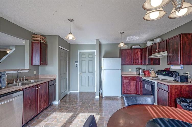 9041 Cardinal Flower Court Indianapolis, IN 46231 | MLS 21683596 | photo 11