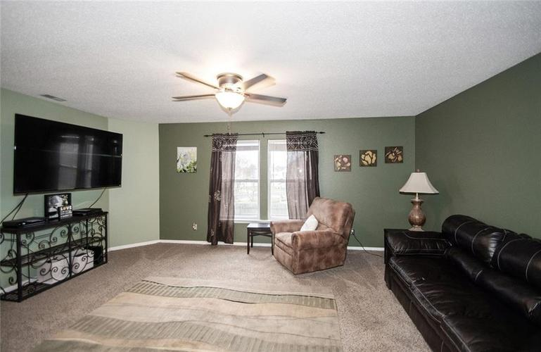 6914 W Dover Place McCordsville, IN 46055   MLS 21683630   photo 12