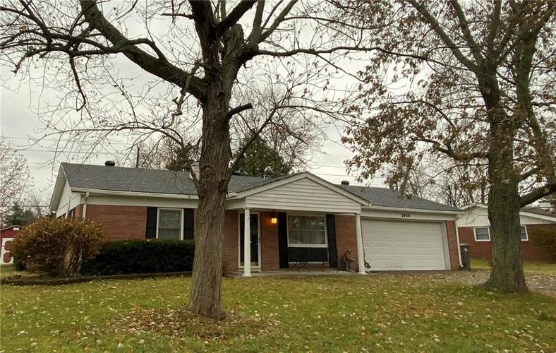 2904 Shakespeare Drive Southport, IN 46227 | MLS 21683677 | photo 1