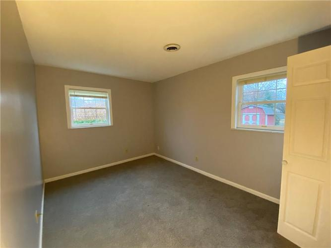 2904 Shakespeare Drive Southport, IN 46227 | MLS 21683677 | photo 14