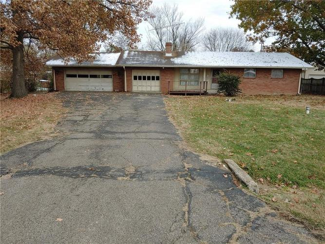 8025 Meadow Lane Indianapolis, IN 46227 | MLS 21683717 | photo 1