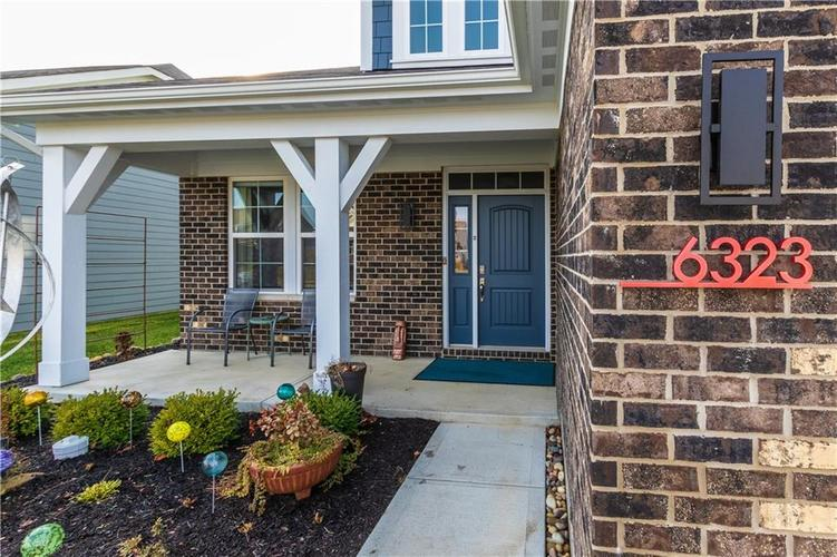 6323 W CEDAR CHASE Drive McCordsville, IN 46055 | MLS 21683787 | photo 2
