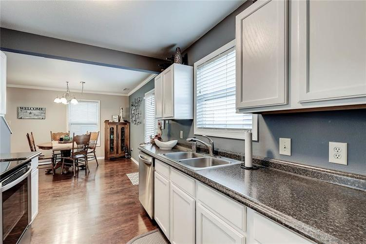 10875 Grace Drive Ingalls, IN 46048 | MLS 21683810 | photo 10
