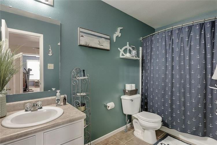 10875 Grace Drive Ingalls, IN 46048 | MLS 21683810 | photo 24