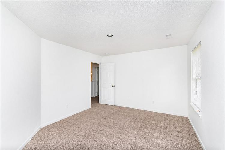 8809 Lighthorse Drive Indianapolis, IN 46231 | MLS 21683838 | photo 27