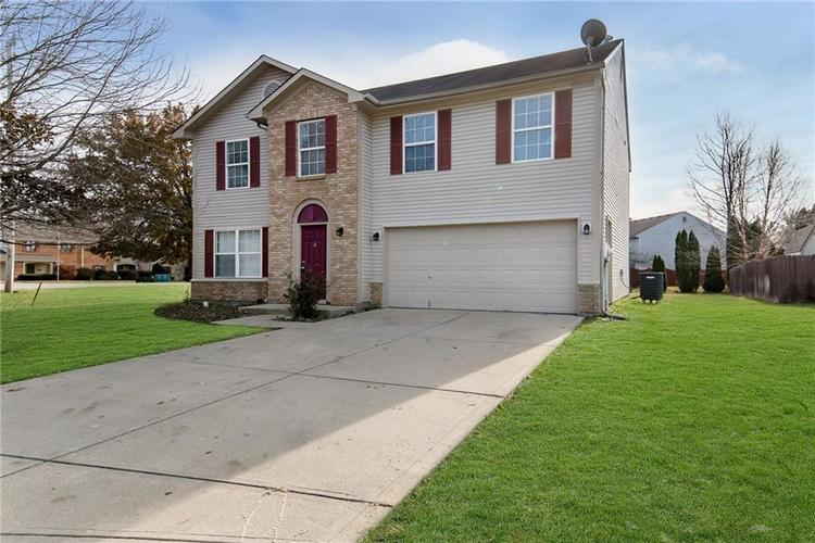 8809 Lighthorse Drive Indianapolis, IN 46231 | MLS 21683838 | photo 3