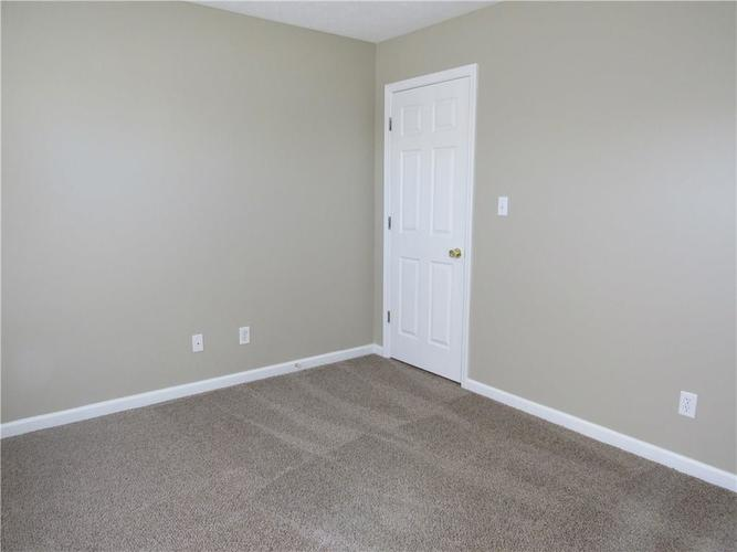 4452 RINGSTEAD Indianapolis, IN 46235   MLS 21683845   photo 13