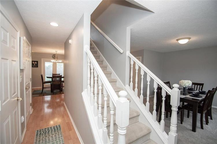 12540 Geist Cove Drive Indianapolis, IN 46236 | MLS 21683851 | photo 2