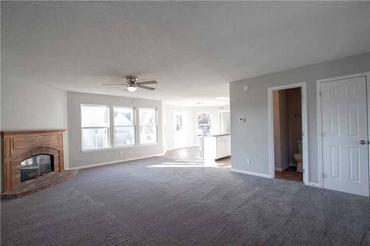 8852 Retreat Road Camby, IN 46113 | MLS 21683876 | photo 6