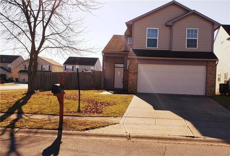 10317  CADOGAN Drive Indianapolis, IN 46236 | MLS 21683893