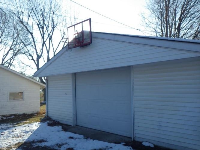 806 Maple Street Frankton, IN 46044 | MLS 21683918 | photo 17