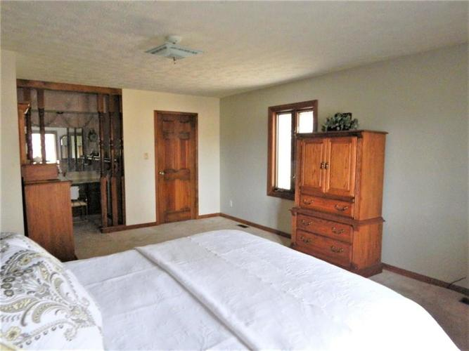 5840 E County Road 800 N Brownsburg, IN 46112 | MLS 21683949 | photo 20