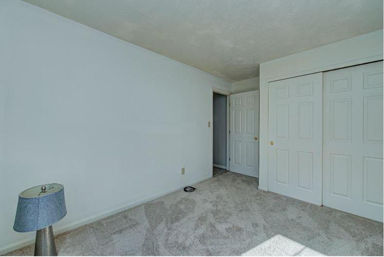 6791 Navigate Way Indianapolis, IN 46250   MLS 21683963   photo 10