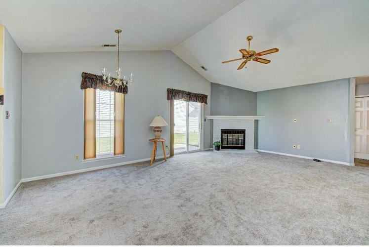 6791 Navigate Way Indianapolis, IN 46250   MLS 21683963   photo 4
