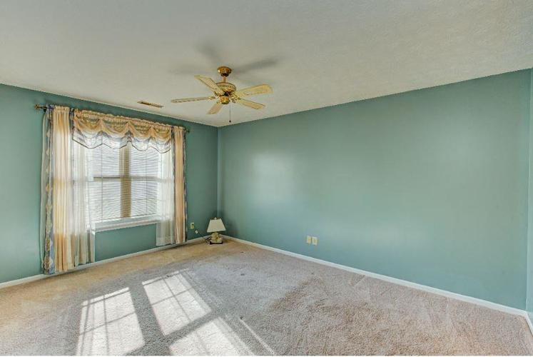 6791 Navigate Way Indianapolis, IN 46250   MLS 21683963   photo 9