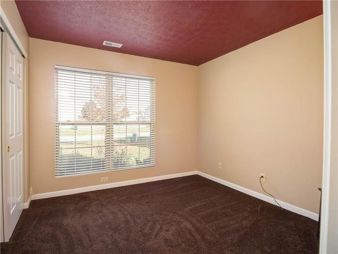 6327 Bryce Canyon Drive Indianapolis, IN 46237 | MLS 21683964 | photo 10