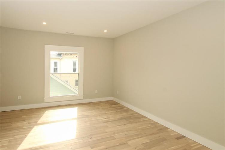 715 E 17th Street Indianapolis, IN 46202 | MLS 21684013 | photo 12