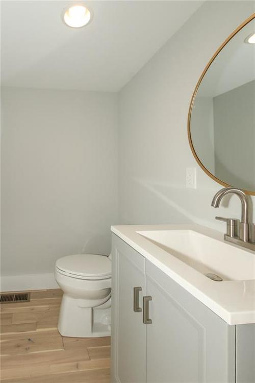 715 E 17th Street Indianapolis, IN 46202 | MLS 21684013 | photo 26
