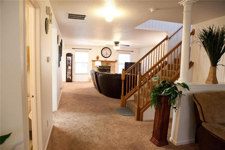1374 DANIELLE Drive Indianapolis, IN 46231 | MLS 21684021 | photo 2