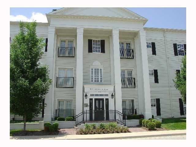 000 Confidential Ave.#1A Carmel, IN 46032   MLS 21684086   photo 1
