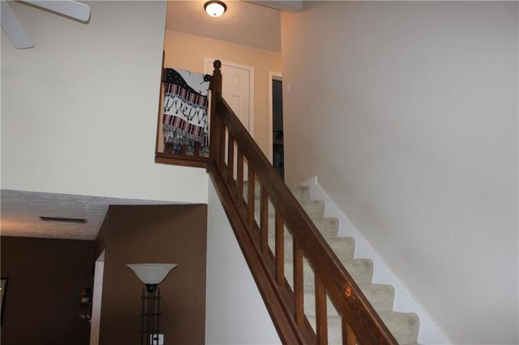 2493 Hideaway North Drive Indianapolis, IN 46268 | MLS 21684089 | photo 10