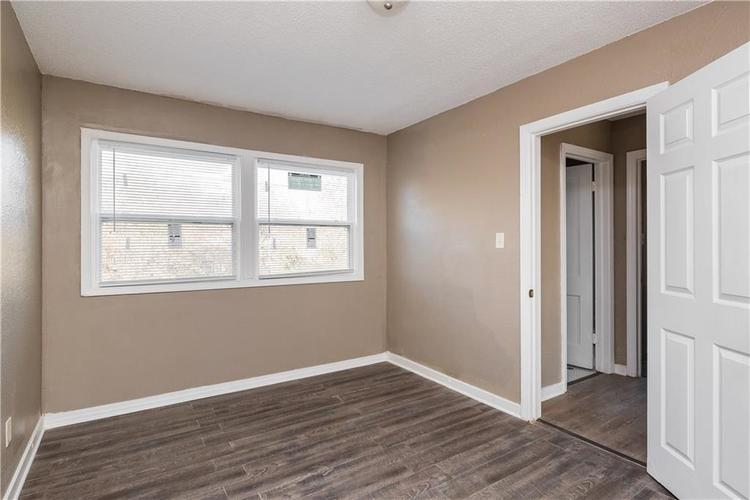 6244 E 21st Street Indianapolis, IN 46219 | MLS 21684155 | photo 16