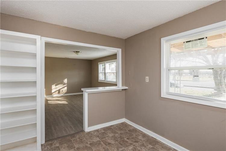 6244 E 21st Street Indianapolis, IN 46219 | MLS 21684155 | photo 30